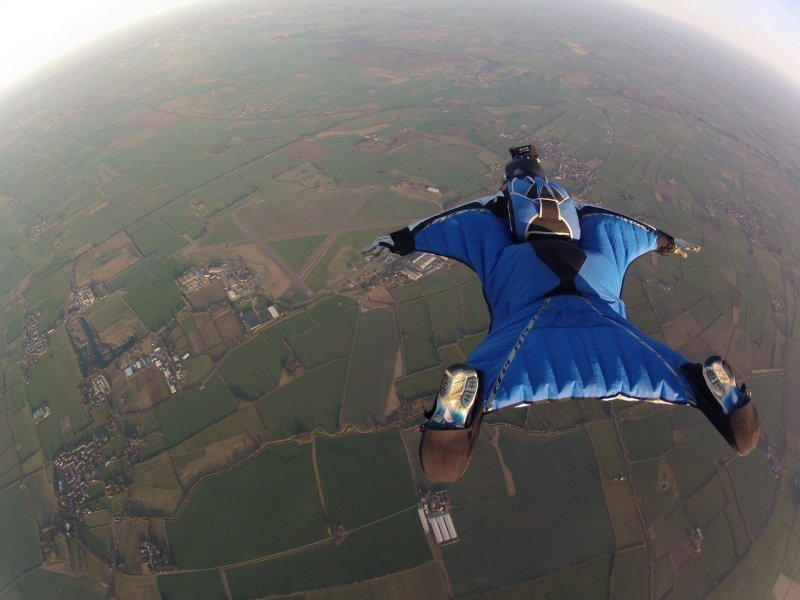 What to Expect from a Wingsuit Competition